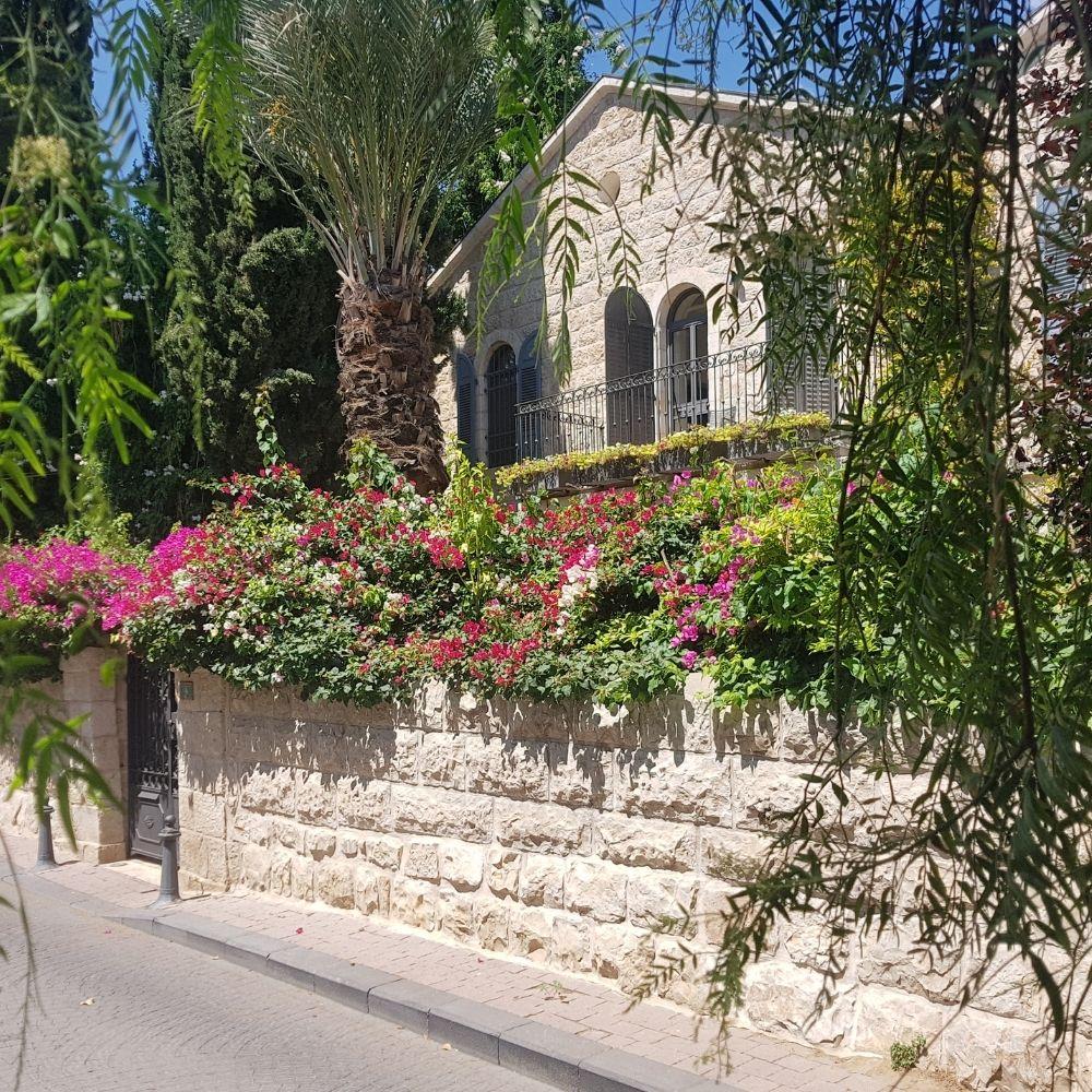 מושבה כפרית בלב העיר- סיורי שבת בירושלים